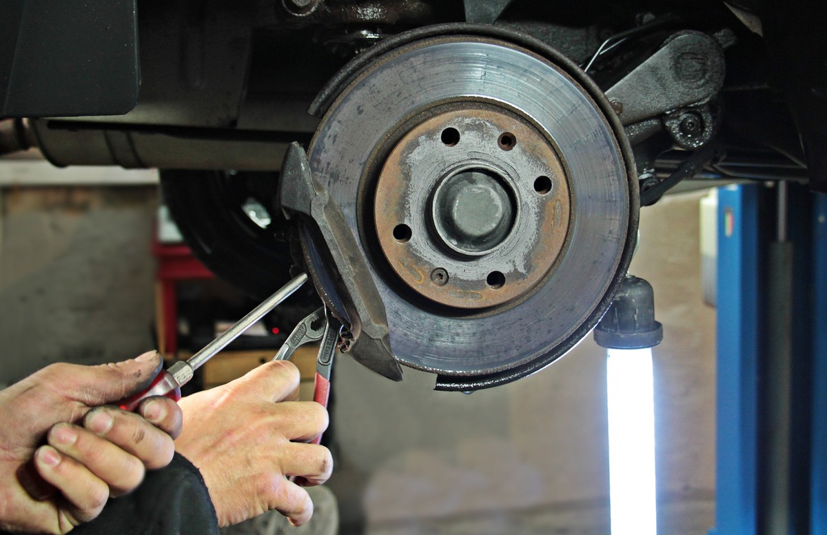 Do You Need To Replace All Four Brake Pads At Once